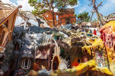 """Les maisons insolites dites """"Crazy House"""" de Da Lat"""